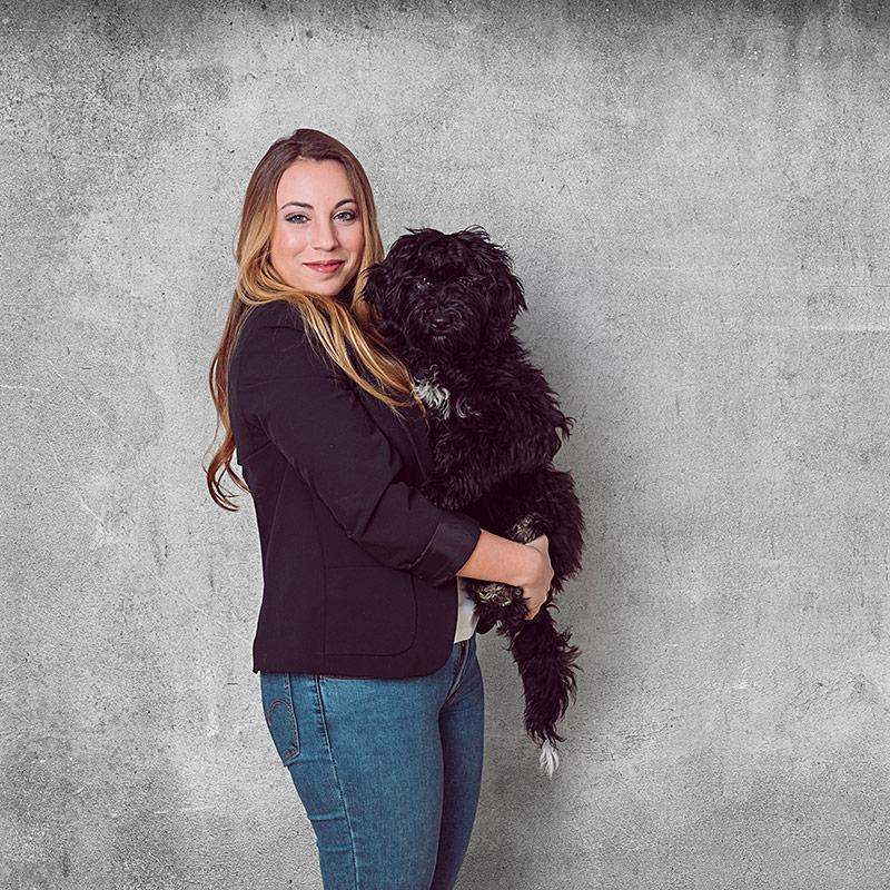 Ella · Unser Bürohund & Silia